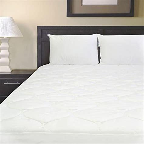 2 serta standard queen bed pillow pillows 2pk made in serta standard queen bed pillow 2 pack buy online in