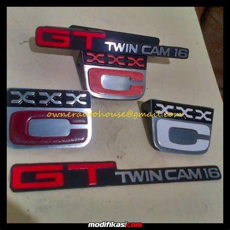 Karet Kaca Belakang Corolla Dxke70 autohouse fs stiker emblem aksesoris corolla twincam