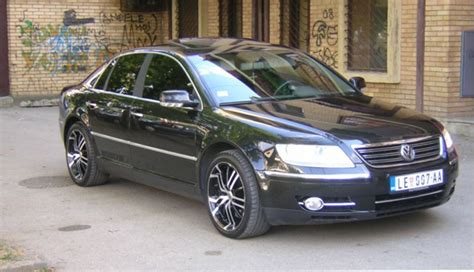 how does cars work 2006 volkswagen phaeton auto manual andrasrb 2006 volkswagen phaeton4motion sedan 4d specs photos modification info at cardomain