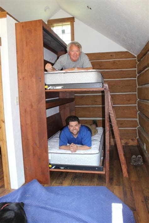 Bunk Beds Kelowna 25 Best Ideas About Murphy Bunk Beds On Diy Murphy Bed Small Spare Bedroom