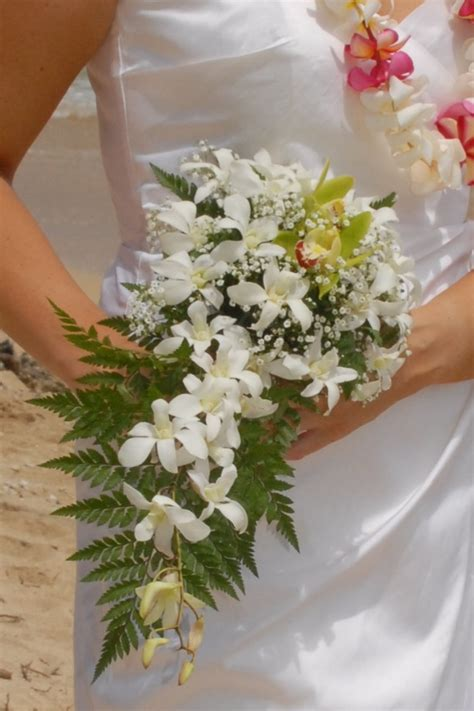 ORCHID BOUQUETS by Bridal Dream Hawaii