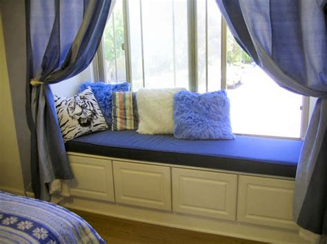 image of window seat cushions indoor bench spotlats