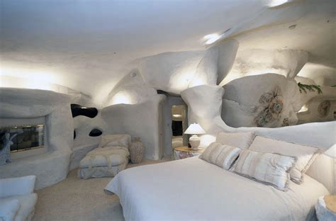 cave bedroom cozy cave bedroom flintstone house design interior