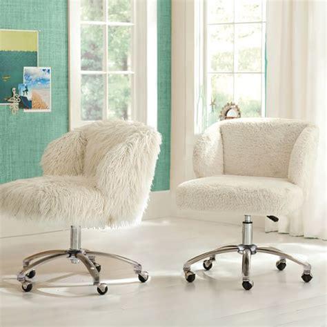 sherpa wingback desk chair ivory sherpa faux fur wingback desk chair pbteen