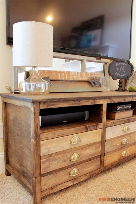 remodelaholic   build  printmakers media console
