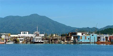 sausalito boat houses for sale sausalito houseboats 2018 how and where to visit