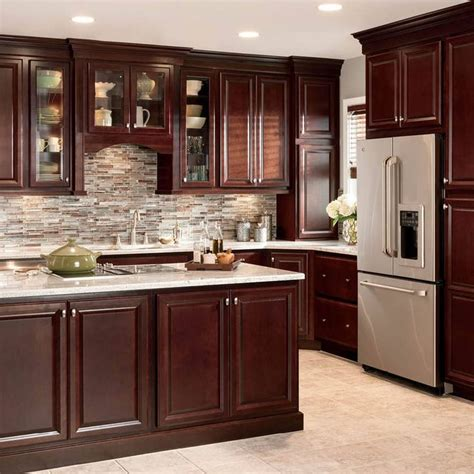 cherry oak cabinets kitchen 25 best ideas about cherry floors on pinterest cherry