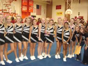 Cave spring middle school girls cheerleading