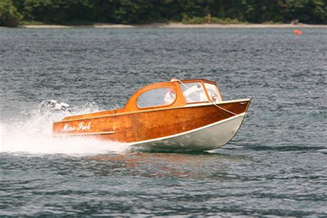 speed boat new zealand the low down on down under this weekend classic boats