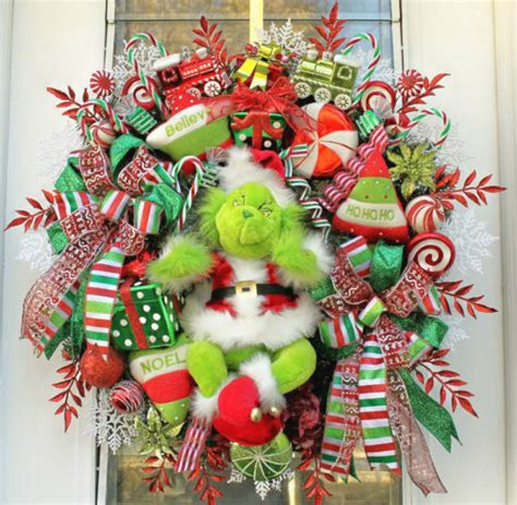 funny animated christmas wreaths everything for a grinch