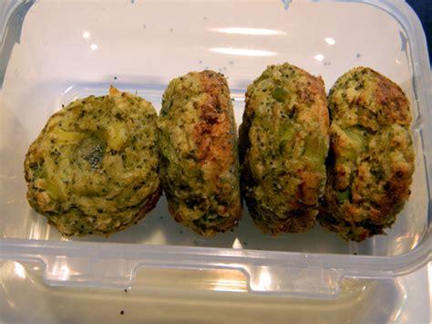 cosa cucinare domani per domani prepariamo polpette di patate e broccoli