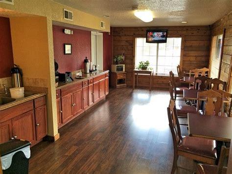 log cabin inn    updated  prices reviews bay minette al tripadvisor