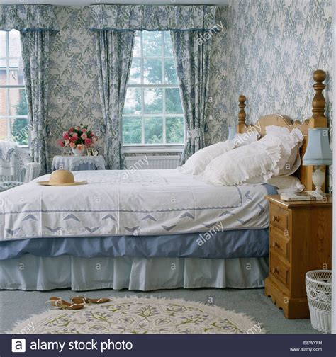 wallpaper matching curtains country curtains wallpaper collection 11 wallpapers
