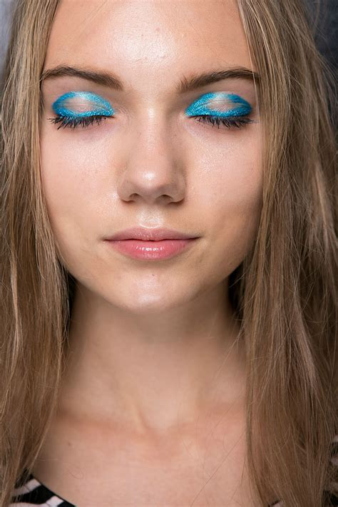 Eyeliner Aigner aigner 2016 every haute hair and makeup look from
