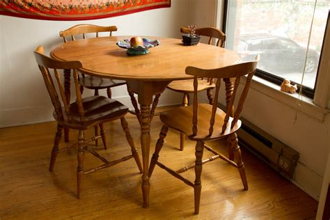 for sale 100 maple kitchen table and 4 chairs helen