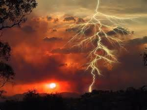 Lightning Strikes Car In Australia Causes Of Bushfires Bush Front