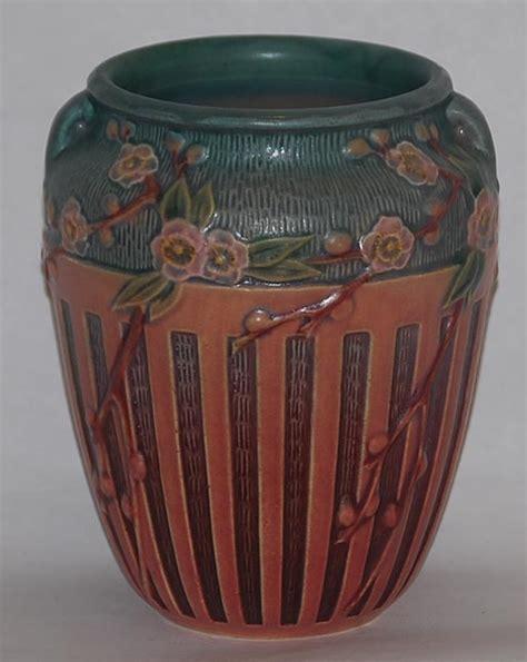Porcelain Vase Repair by 302 Found