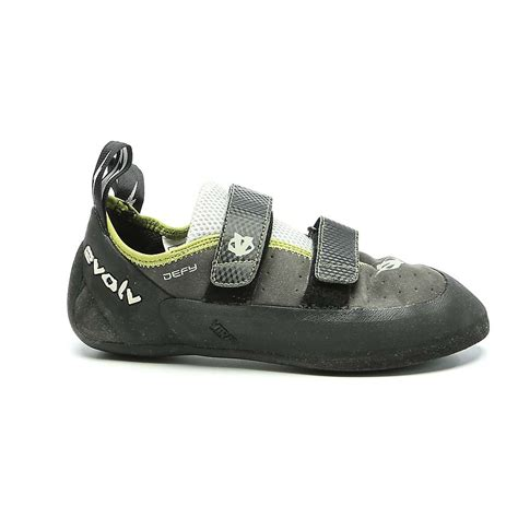 evolv defy climbing shoes evolv s defy climbing shoe at moosejaw