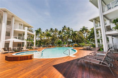 port douglas appartments your 1 beach front accommodation port douglas beach