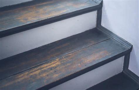 Treppenstufen Holz by Treppenstufen Aus Holz Auf Betontreppe Verlegen