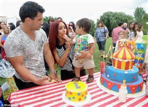 Backyard Carnival Party Ideas Snooki Celebrates Son Lorenzo S First Birthday With A Pony