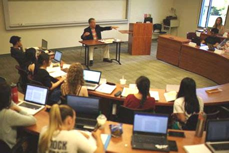 Biola Crowell Mba by Programs Crowell School Of Business Biola