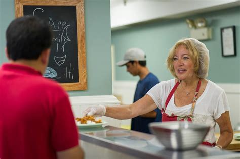 soup kitchen volunteer long island 100 soup kitchens on long island soup kitchen 411