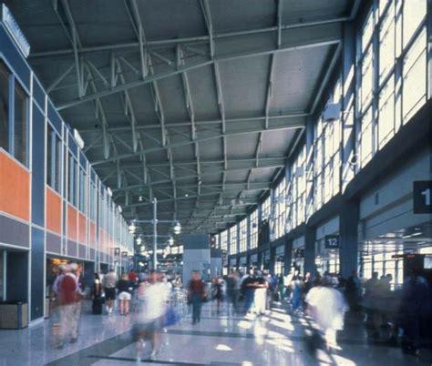 austin bergstrom international airport 1999