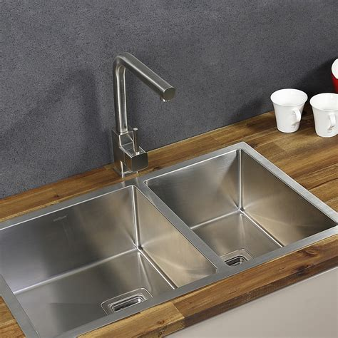 Choosing Stainless Steel Kitchen Sink by How To Choose A Stainless Steel Sink For Your Kitchen