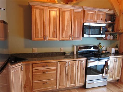 hickory shaker style kitchen cabinets hickory kitchen cabinets home depot