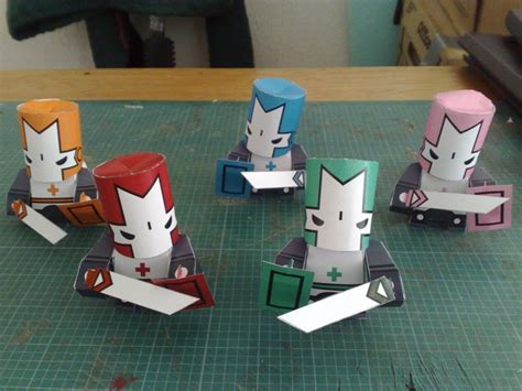 Castle Crashers Papercraft - castle crashers is my character wish list