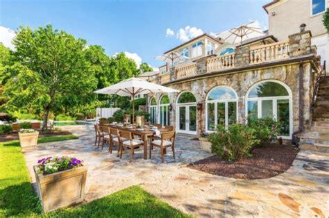 mike tysons stunning houses   career