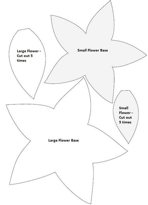poinsettia pattern for kindergarten diy christmas poinsettia felt wreath flower stencils