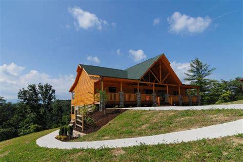 Tennessee Cabin Rentals Pigeon Forge by Gatlinburg Log Cabins Homes Pigeon Forge Tn Cabins