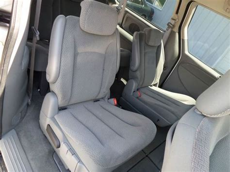 stow and go seats for sale find used 2007 dodge grand caravan se stow and go seats 1