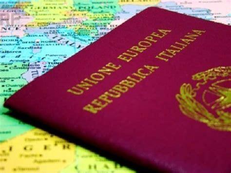 documentacion necesaria  viajar  italia