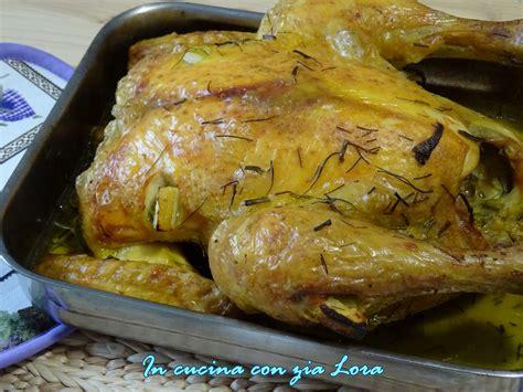 cucinare pollo intero al forno pollo intero al forno saporito in cucina con zia lora