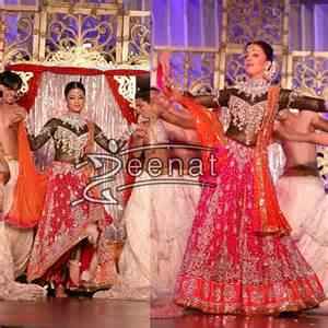 gt ashwarya rai in dual colored lehenga choli zeenat style