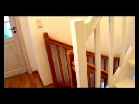 holztreppe weiß lackieren treppe zum dachboden in wei 223 lackiert