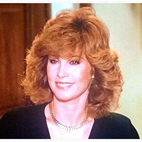 stephanie powers hairstyles in the series hart to hart 50 best hart to hart images on pinterest hart to hart