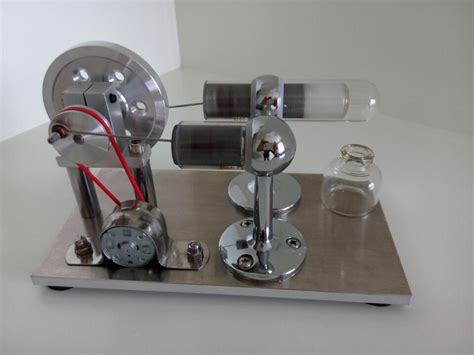 free shipping aluminum base air stirling engine model