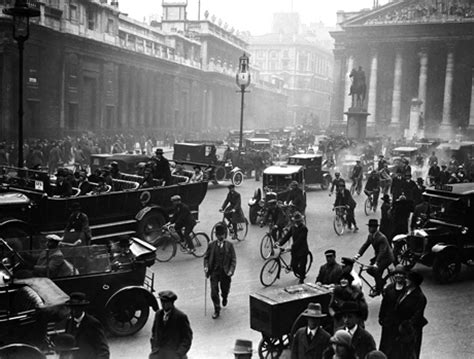 Snapshot: 21 Photos of 1920s London   Anglophenia   BBC