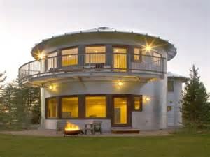 Self sustaining modern homes