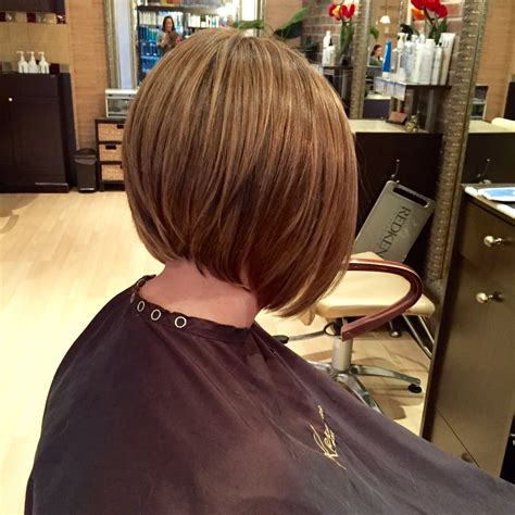 pictures beveled bob multidimensional hair color on a beveled graduated bob yelp