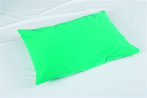 Vinyl Pillow Covers by Wipedown Vinyl Pillow Protector Gentug Textile