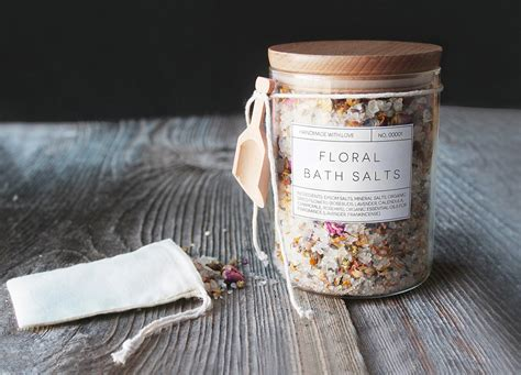 Handmade Bath - diy floral bath salts printable labels