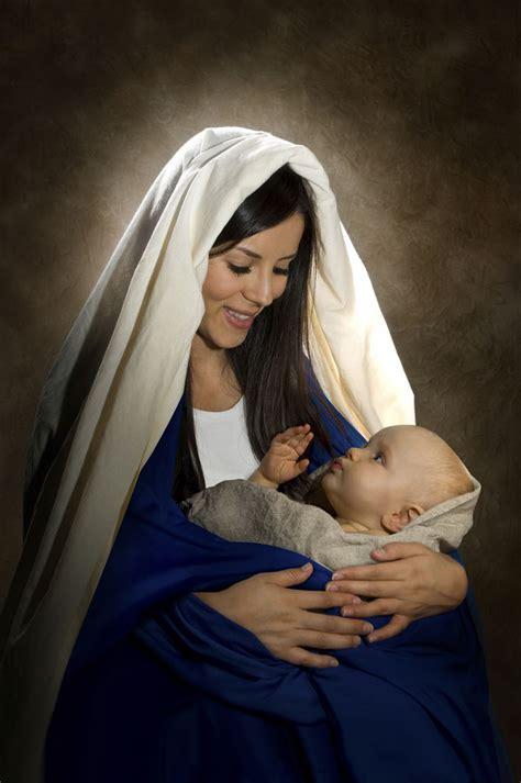 imagenes de jesus jose y maria juntos jesus jes 250 s beb 233 y maria imagenes de jesus jesus is