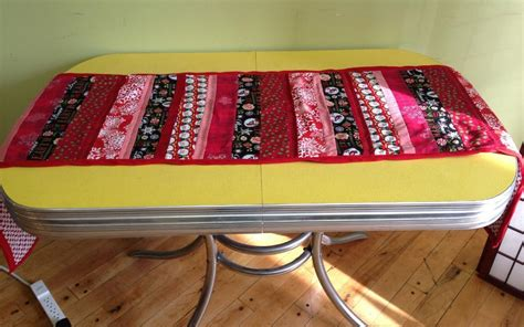 patchwork table runner pattern by hipstitch acad craftsy