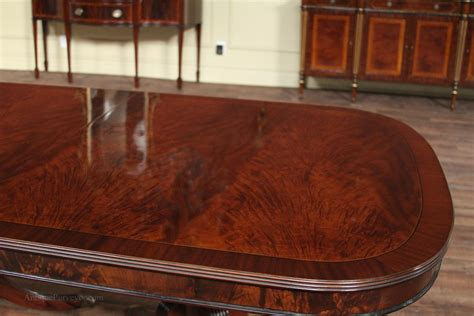 79 quot to 138 quot duncan phyfe mahogany dining room table with 3