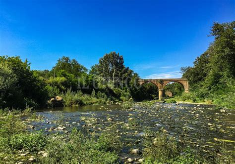 fiume fiora la foto giorno il ponte sul fiume fiora ilgiunco net